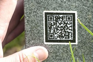 gravestone-qr-300x199